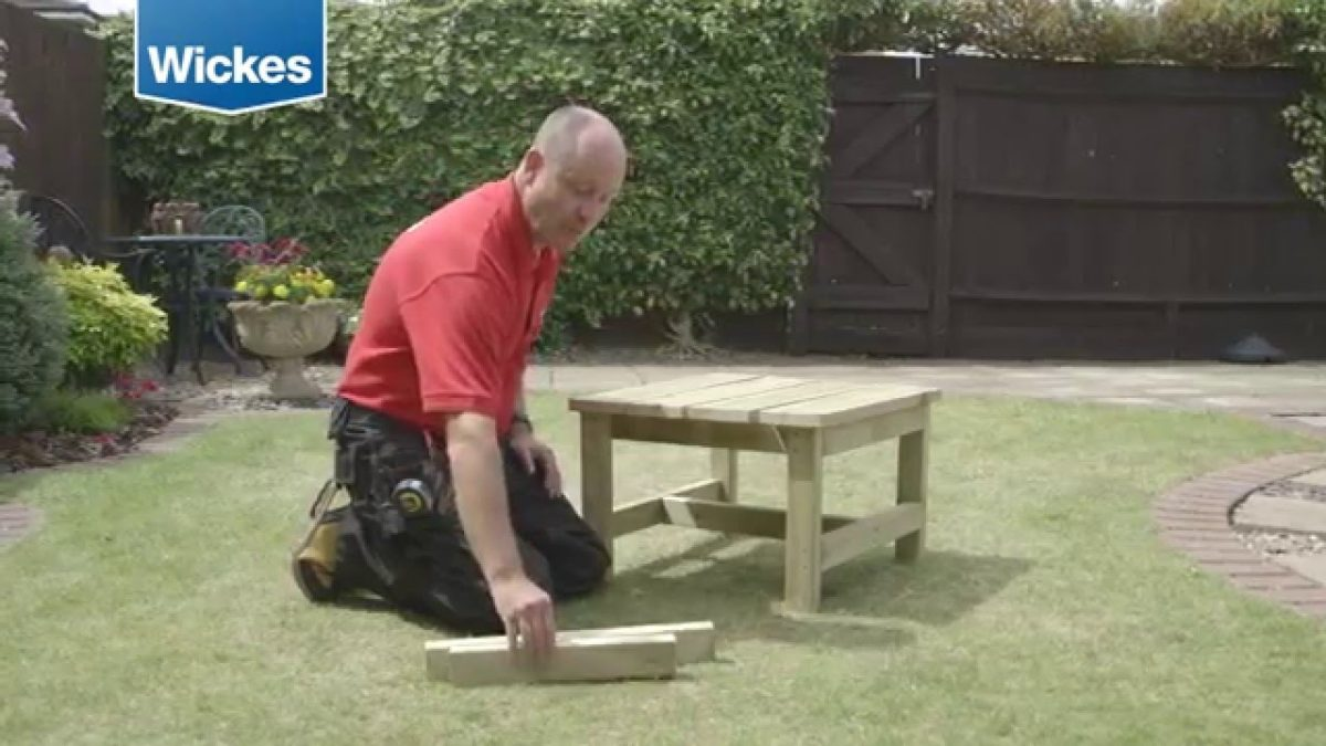 How to build a garden bench and table